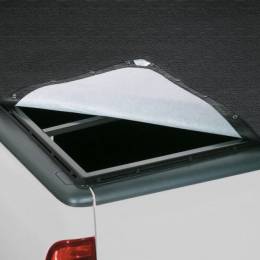 Lund 04-06 Toyota Tundra (6ft. Bed) Genesis Snap Tonneau Cover - Black 90083