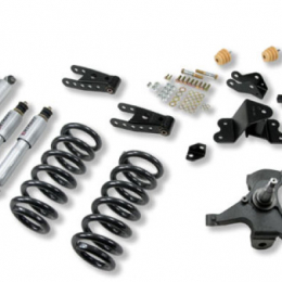 Belltech LOWERING KIT WITH SP SHOCKS 700SP